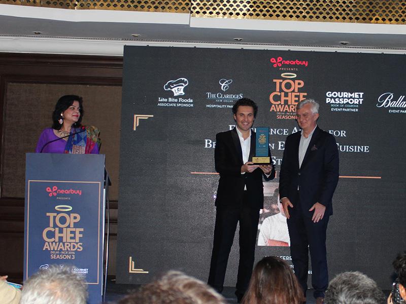 Consegna del TopchefAward 2016 a Luigi Ferraro